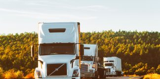 truck ciężarówka droga asfalt